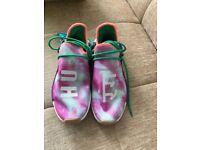 BRAND NEW Adidas x Pharrell Williams Flash Green NMD HU Holi Human Race Chalk Coral - UK 10.5