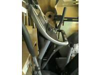 Horizon elliptical trainer Andes 507