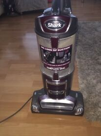 Shark Hoover NV340UKT