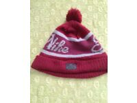 Nike Bobble Hat in good condition