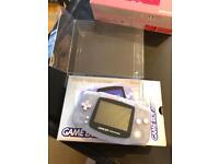 Amazing near mint gameboy advance clear boxed with protector