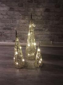 Lovely set of 3 champagne coloured light up cones