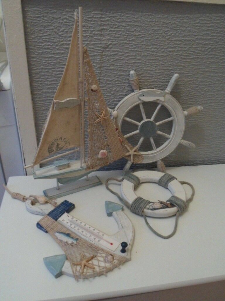 4 x Nautical / Rustic Bathroom Accessories