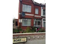 A nice beautiful double for rent in Woodgreen