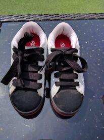 Heelys size 1