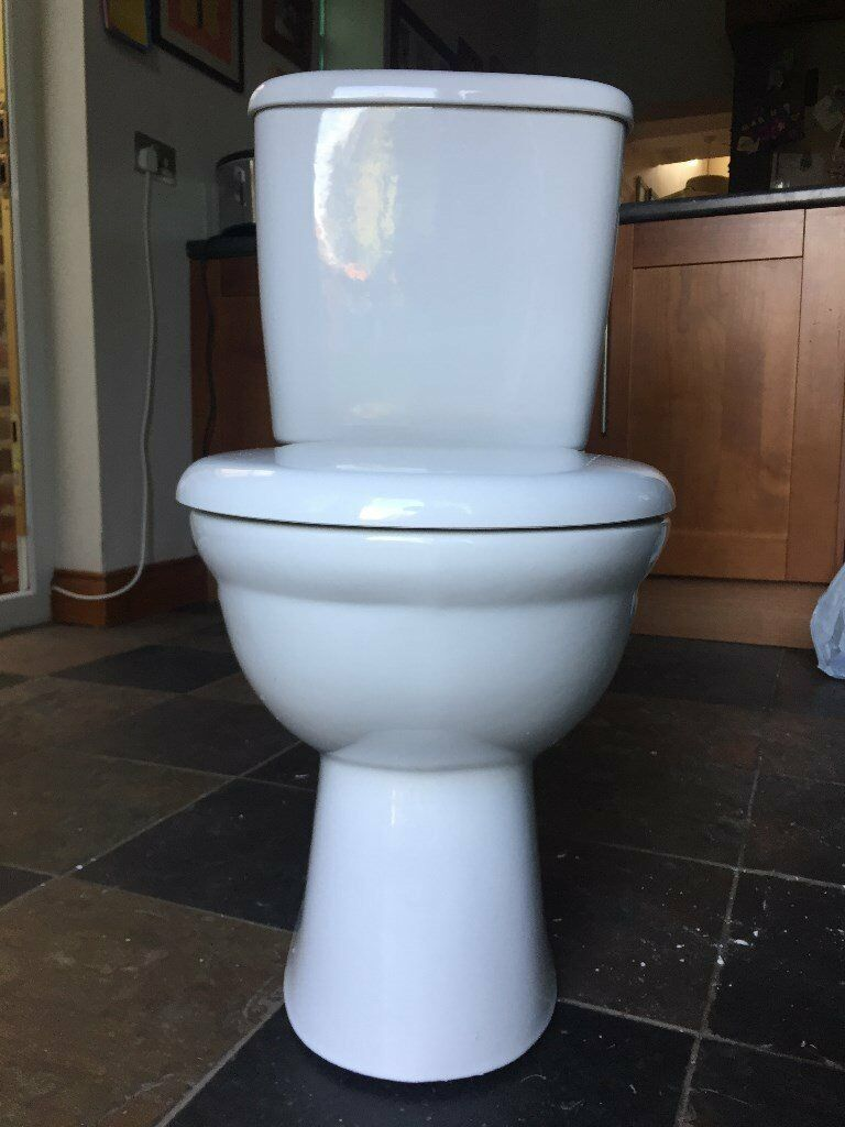 Ideal Standard Toilet and Cistern Used Good Condition