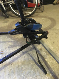 Roofbar mounted Bicycle carrier