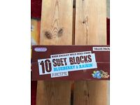 10 High Energy Wild Bird Food Suet Blocks Blueberry & Raisin
