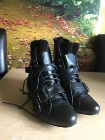 Kids Size 5 Boots *Brand New* Boxed