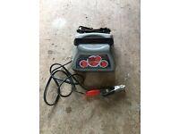 SCHUMACHER SC-10030A Battery Charger + 300w stepdown transformer for spares/repair