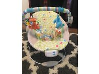 Comfort & harmony baby bouncer