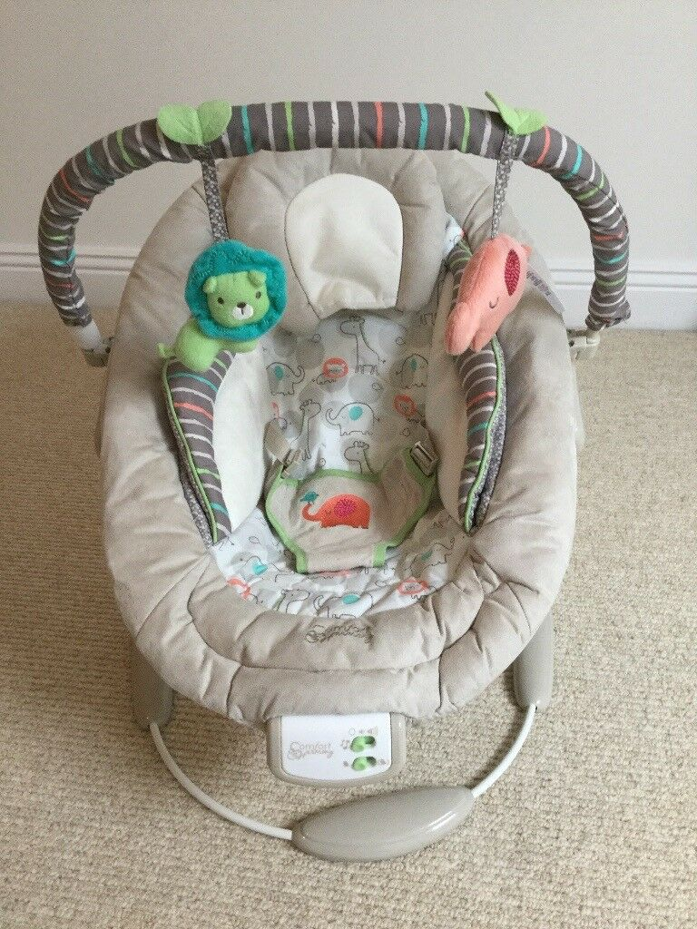 Comfort and Harmony musical baby swing chair