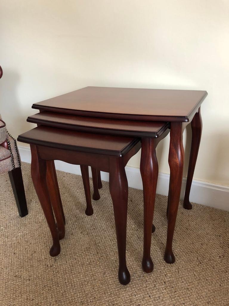 mahogany living room furniture  7 piece set  in burnside
