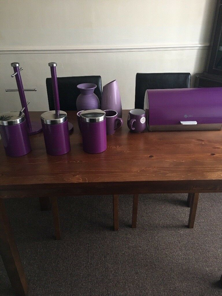 Purple Kitchen storage conteiners