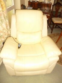 LEATHER RECLINER PADDED ARMCHAIR WITH HEAT MASSAGE VIBRATOR