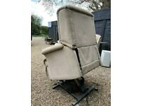 Riser recliner chair very good condition