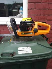 JCB PETROL HEDGE TRIMMER BEEN USED FOR ABOUT TEN MINUTES LIKE NEW