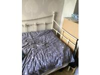 For sale daybed - no mattress
