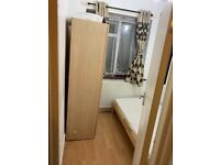 ***BOX ROOM TO LET ***