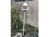 Bird table approx 5 ft tall good condition