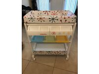 Cosatto Easi-Peasi Baby Changing Table and Bath Unit