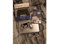 LIMITED EDITION PS4 500G WITH ORIGINAL SILVER CONTROLLER FIFA 18