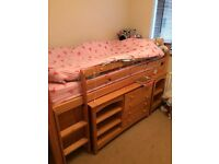 Kids cabin bed