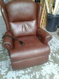 Electric tilt and rise single recliner