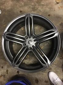 "Audi Q7 22"" wheels ( Porsche or Volkswagen )"