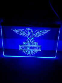 BRAND NEW & UNUSED HARLEY DAVIDSON NEON LED BAR LIGHT WITH HANGING CHAIN & POWER LEAD.