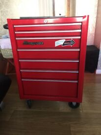 Snap on bottom roll cab with snap on tools