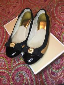 Michael Kors shoes size 3/4