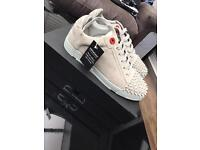 Royaums Luisa Triang Grey -BRAND NEW - Size 9(43)