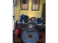 Five piece full size drum kit gloss black