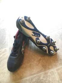 Canterbury men's rugby boots size 11