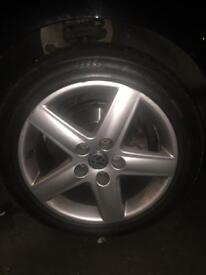 Vw audi seat 17 inch alloys with brandnew tyres