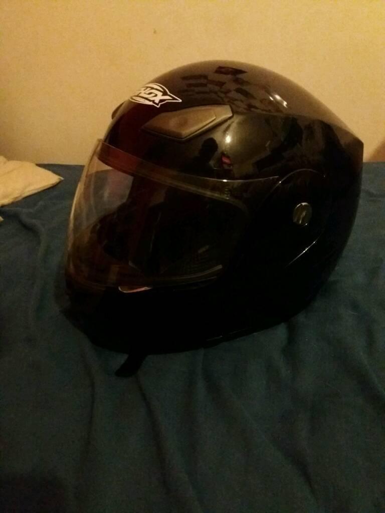 Shox Flip Front Motorbike Helmet Medium