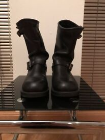 Harley Davidson - Ladies Size 4 motorcycle boots