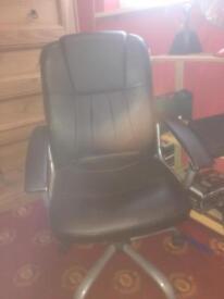 Desk top chair