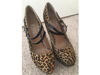 Leopard print high heel shoes size 5. £7.00