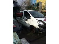Vauxhall vivaro 1.9 dci ( breaking full vehicle for parts)