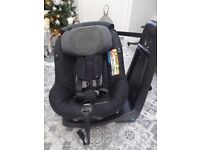 Maxi Cosi assisfix swivel car seat up to 4 years