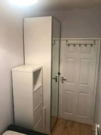 Single room in Golsersgreen