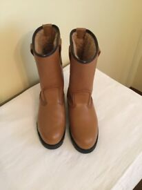 ARCO Rigger Boots Size 37 Light Tan Nearly new