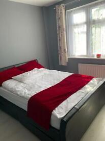 Double room in Romford