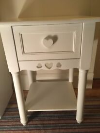 White one drawer heart bedside table