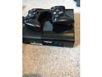 X-box 350 500GB + 2 remote controllers