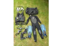 Complete scuba gear set (excluding tanks)
