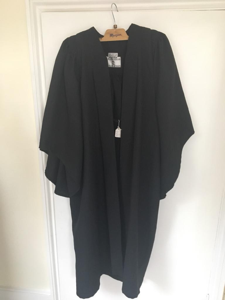 University scholars polyester gown