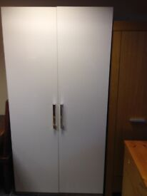 LARGE IVORY HIGH GLOSS WARDROBE WITH 2 HANGING RAILS IN VGC